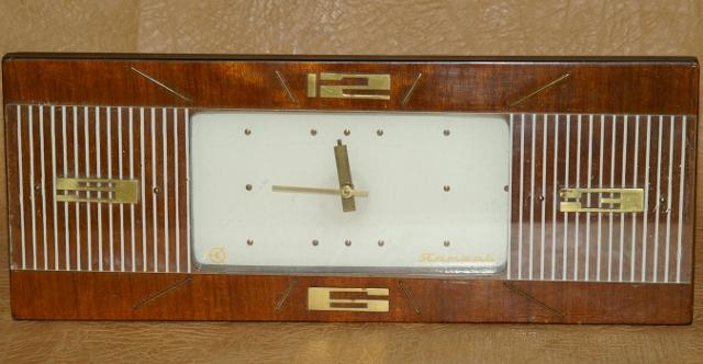 Настольные часы янтарь настольные