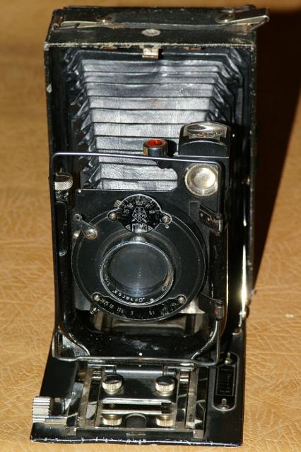 Статуэтка-СПБ Фотоаппараты: http://figurine-spb.narod.ru/camera.html